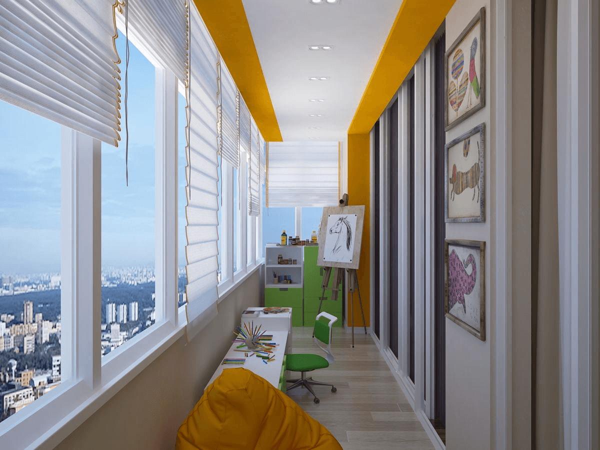 Натяжной потолок на балкон